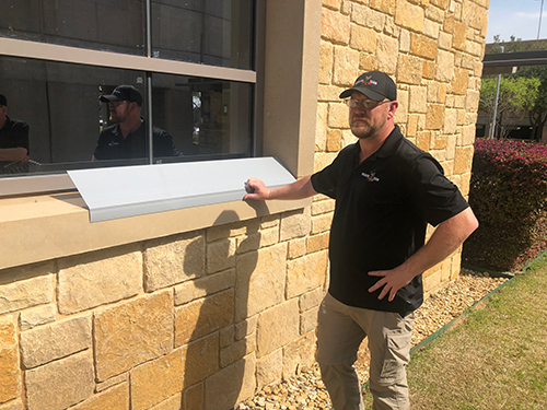 Wildlife X Team® Fort Worth Technician at Animal Entry Point